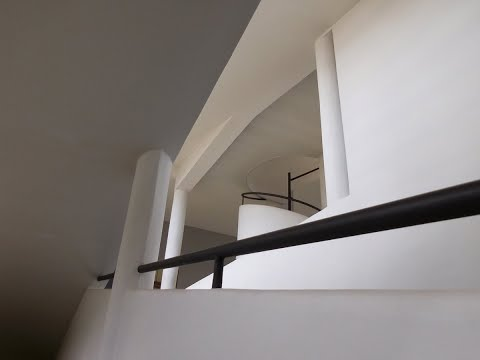 Cubist Architecture: The Villa Savoye