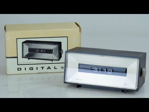 Digital Clock by Lux, the Model 5010-01