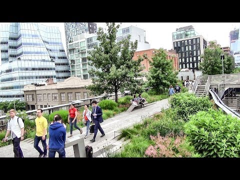 Manhattan, New York. The Green and Flowered High Line, Greenwich, Soho, Tribeca