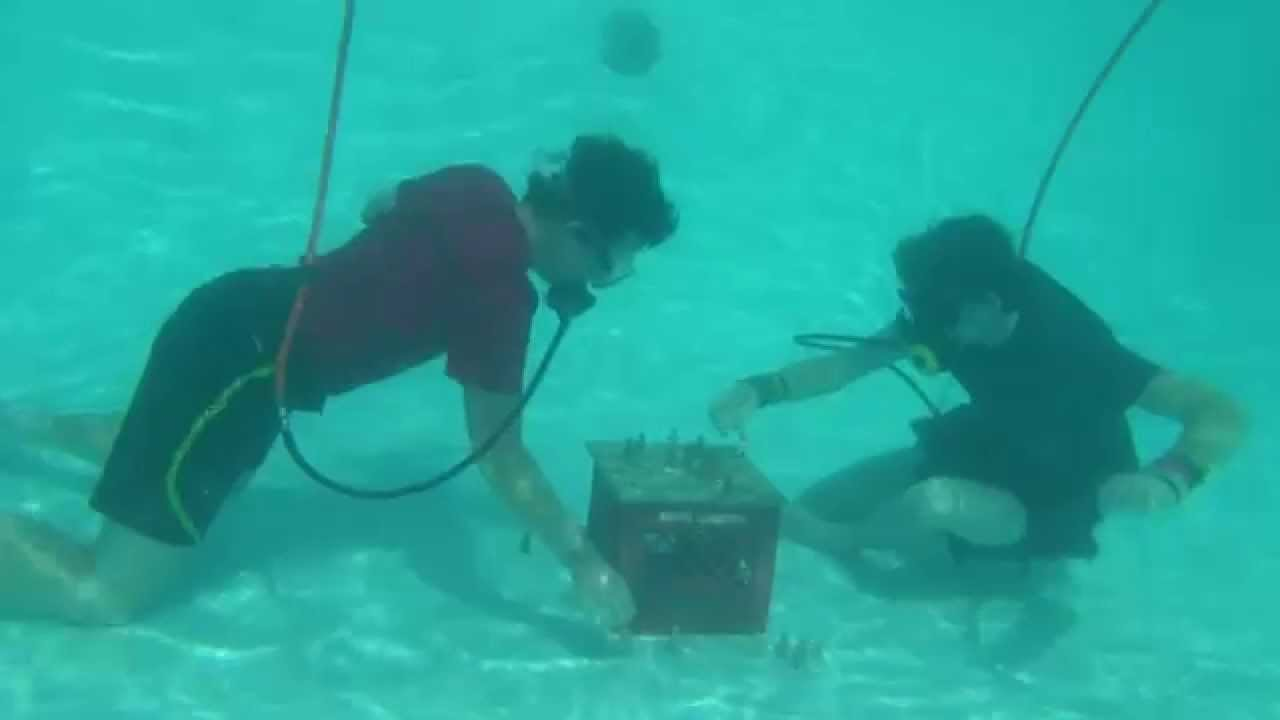FunUnder Part one, Pool Diving System