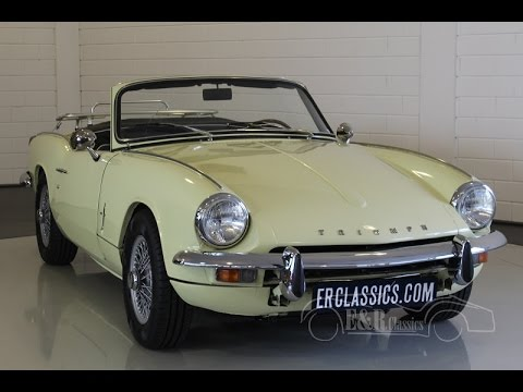 triumph spitfire mk3 wire wheels prime rose yellow 1968 video youtube. Black Bedroom Furniture Sets. Home Design Ideas