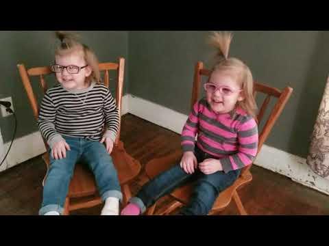 LeeAnn and Wazz - Video Cuteness: Twin Girls Get Their First Glasses