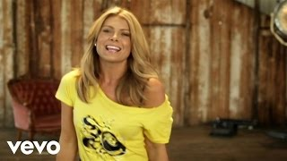 Watch Natalie Bassingthwaighte Love Like This video