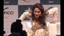 Madhuri Dixit Oops moment Caught on Camera