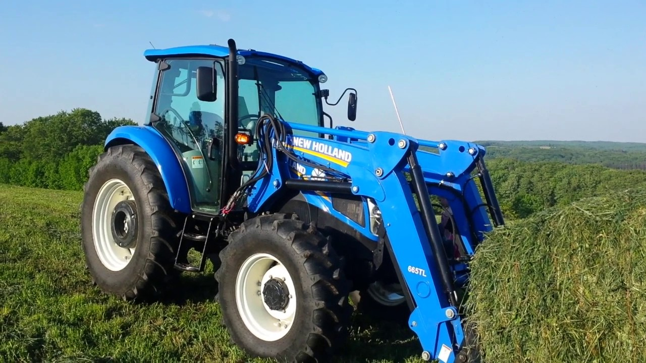New Holland T4 95 And T4 75 Baling Hay