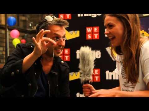 Incredible Bending Fork - Amazing Magician, Alan Hudson - Mind blowing close up magician