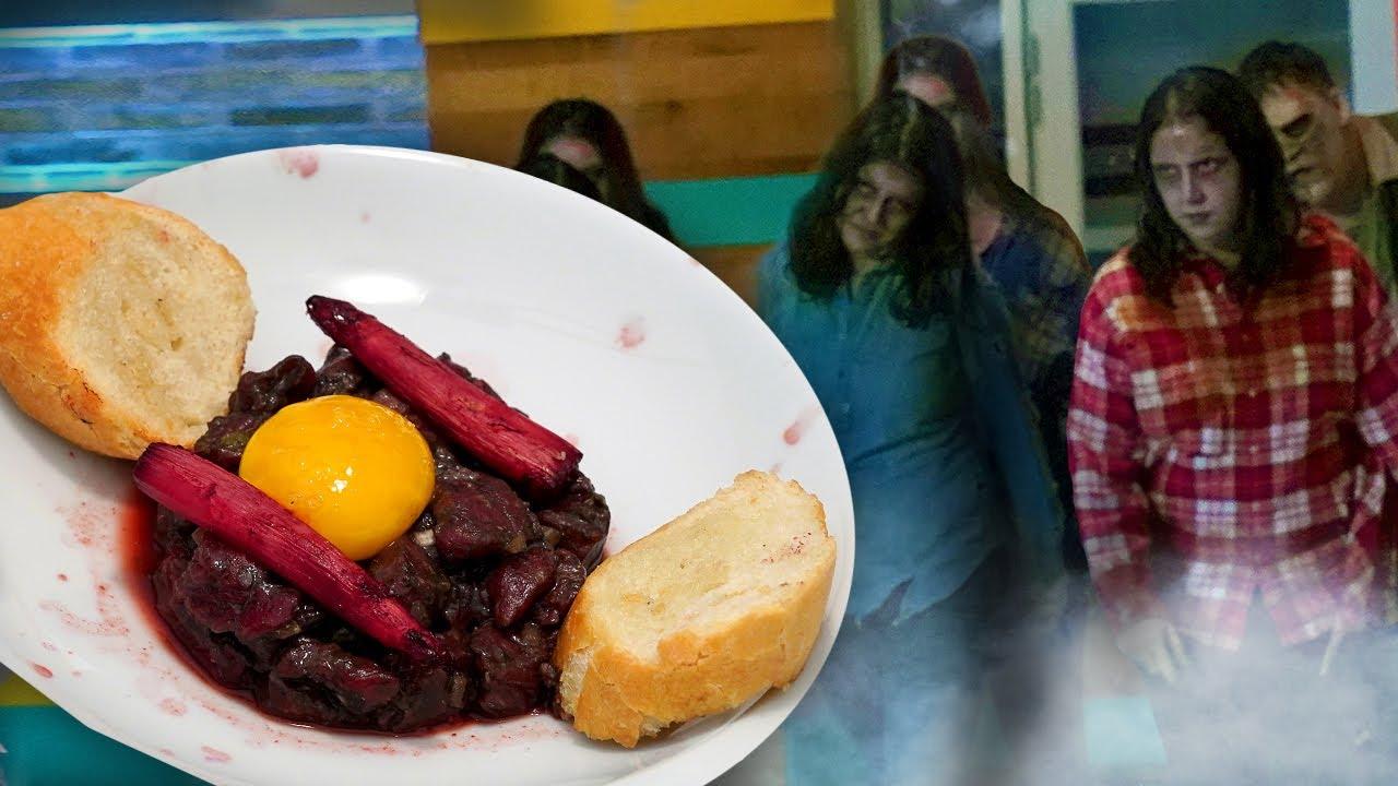 We Made CREEPY ZOMBIE FOOD! 🧟♂️😱   Universal Kids