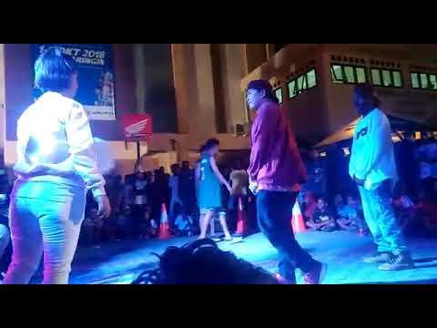 Download FINAL RAP BATTLE JAYAPURA HONDA DBL 2018 vlakafvcka x Sillfaboyz VS Asrul D'Raps x Thomy Blakanca  Mp4 baru
