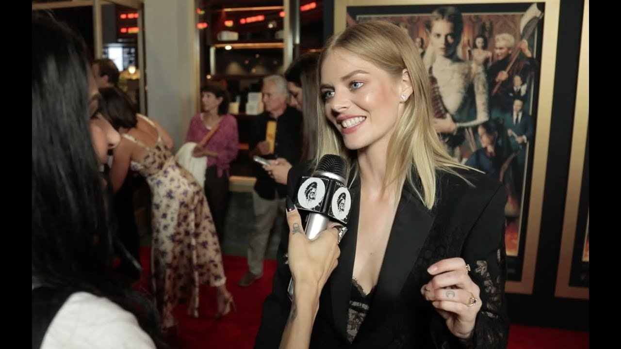 Bd S Vanessa Decker Takes Us To The Ready Or Not Red Carpet