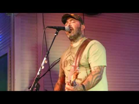 Aaron Lewis - Sinner LIVE 10/22/15 from YouTube · Duration:  4 minutes 2 seconds