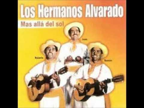 """Mini concierto de """"Los Hermanos Alvarado"""""""