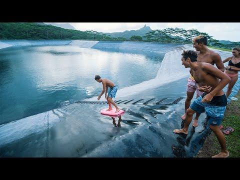HAWAII: WE FOUND A GIANT WATERSLIDE!!