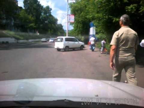 2011.06.30 - Велосипедист упал...