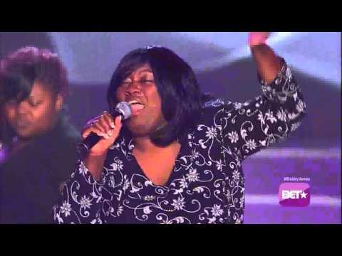 Tammy Edwards & The Edwards Sisters Perform on Bobby Jones Gospel
