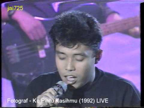 Fotograf - Ke Pintu Kasihmu (1992) LIVE