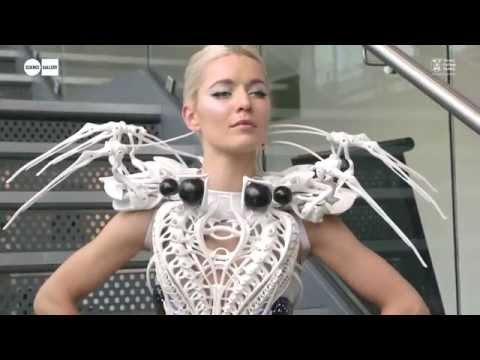 Anouk Wipprecht's Spider Dress at LIFELOGGING at Science Gallery Dublin