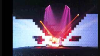 The Last Few Bricks - Pink Floyd -The Wall Live 1980-81