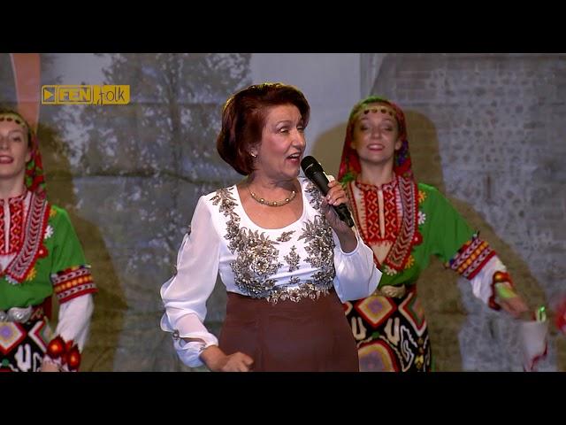 ГУНА ИВАНОВА - Из гора се шета мома Катерина (live) / GUNA IVANOVA - Iz gori se sheta moma Katerina