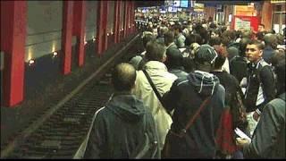 فيديو: إضرابات تشل الحياة في فرنسا