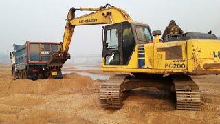 Tata Hyva 2518 Tipper Stuck On Sand Pushed By Jcb Machine
