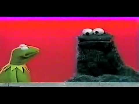 Cookie Monster Raps Biggie - The Notorious C.O.O.K.I.E.