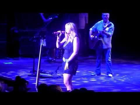 Miranda Lambert performing