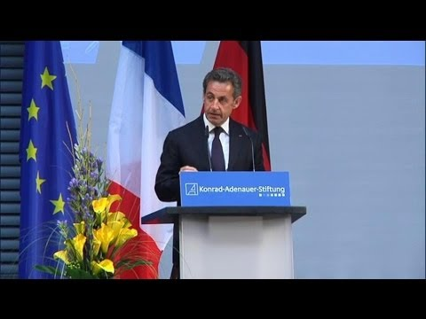 """Nicolas Sarkozy ne veut pas mettre un terme à son """"recul"""" politique-  28/02"""