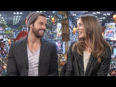 CBR TV @ NYCC 2013: Stars Tom Riley & Laura Haddock Explore