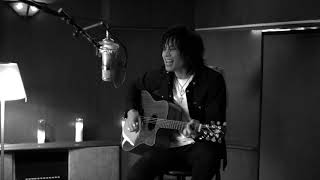 """Michael Grant & The Assassins – """"Red Light Run"""" (Acoustic)"""