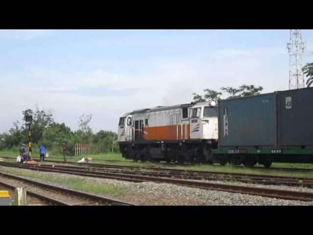 [Indonesian Train] Kereta Api Indonesia - Bertabur Pesona Yang Menawan