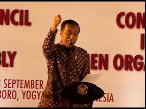 Jokowi Berhenti Pidato Saat Adzan Terdengar