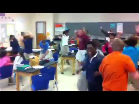 Jamestown middle school class Harlem shake