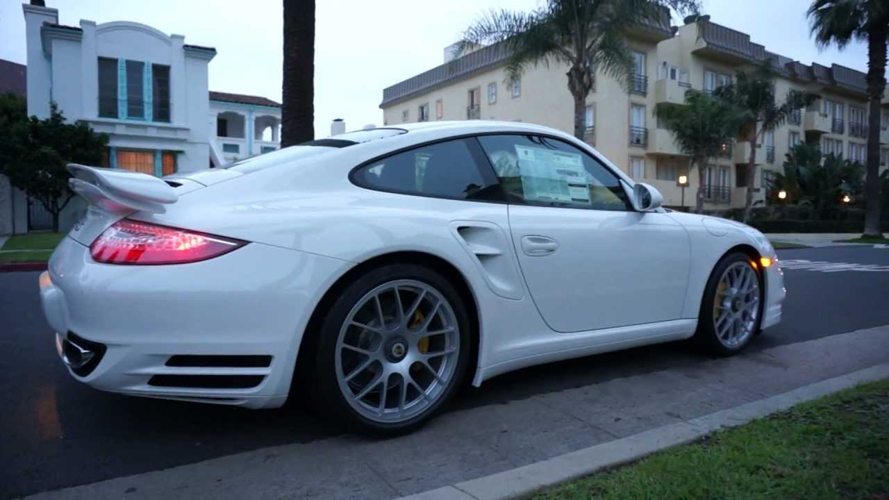 2013 Porsche 911 Turbo S Coupe White on Espresso and Luxor Natural