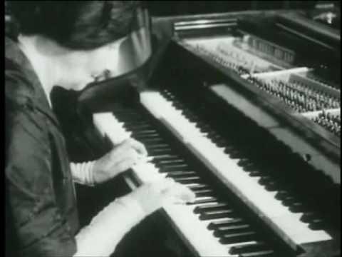 Wanda Landowska Uncommon Visionary (vaimusic.com)