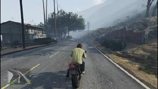 Role  de  moto  no    Grand Theft Auto V_