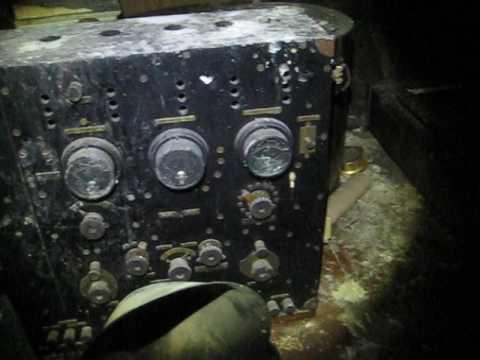 Attic antiques time capsule WW1 Ham Radio ancient trunks opened