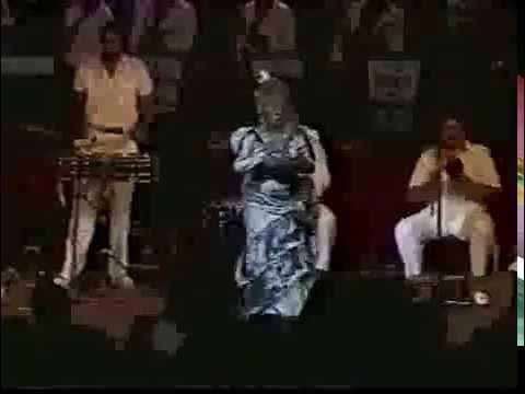 Celia cruz y Tito Puente en vivo desde EL Caracas Hilton Venezuela parte 1