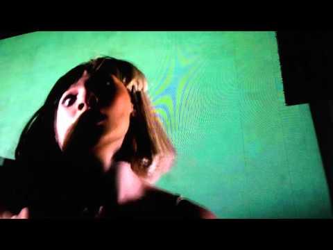 Sia performing Chandelier live @ Coachella Festival 2016