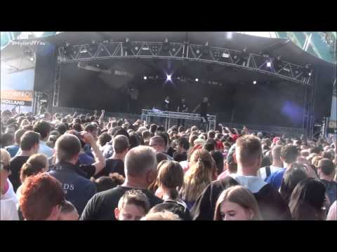 Walibi Holland Out of Control 2013 Live Yellow Claw