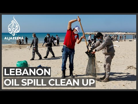 Lebanon begins cleaning beaches after oil spill