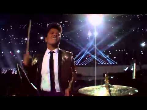 Bruno Mars - Locked Out Of Heaven - Super Bowl