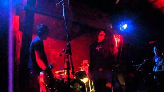 Expulsados-We want the airwaves- Ramones Cover (HD)