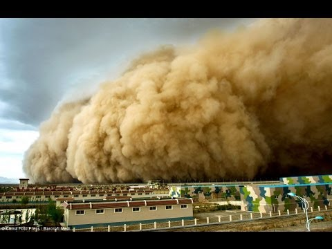 Terrible sandstorm hit Northwest China covering day as night ...