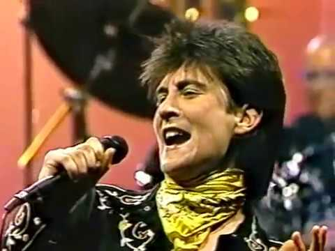 In Care of the Blues k.d. lang's first time visiting Johnny Carson! 1987