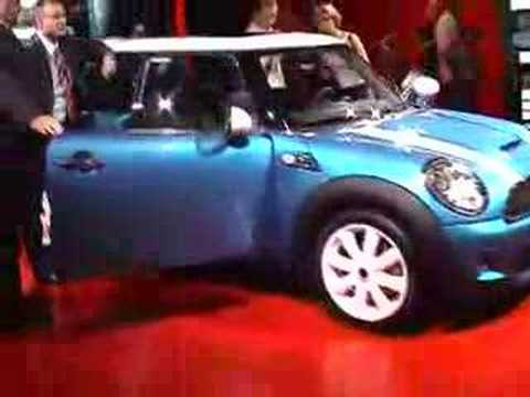 Laser Blue Second Generation Cooper S at the Paris Motorshow