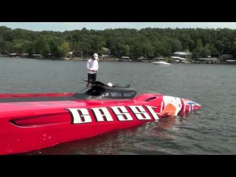 Team Gasse Tor Staubo Races Super Boat in 48' MTI