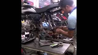 chain assembling by sagar Auto's mechanic