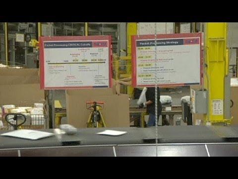 Canadian postal service to scrap door to door delivery