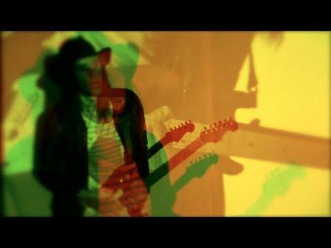 Клип Echotape - Love Is Leaving