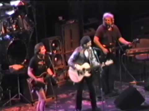 Slow Train Coming - Dylan & The Dead - 7-12-1987 Giants Stadium, NY (set3-01)